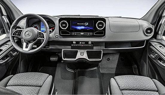 HRZ Reisemobil - Neuer Allrad-Sprinter Cockpit
