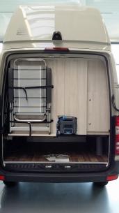 01-reisemobil-hrz-sahara-heckansicht.jpg